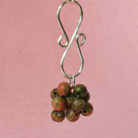 Unakite cluster bead and silver plated wire pendant