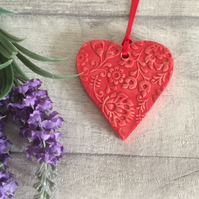 Ceramic textured hanging heart shaped decoration - Medium - Red