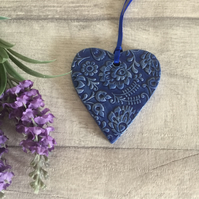 Ceramic textured hanging heart shaped decoration - Medium - Blue