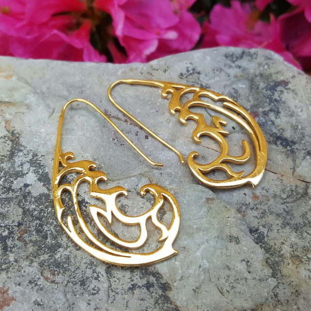 Statement Gold Earrings. Wedding Gift. Gold statement Earrings. Elegant bridal