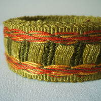 Vintage woven fabric trim in sage and scarlet 2 yards