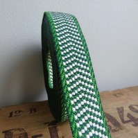 Vintage fabric trim webbing in peppermint green and bright white 2 yards