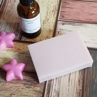 Handmade Peach Blossom & Water Jasmine Soap and Gift Box
