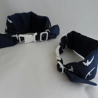 Medium Koolneck Cooling Collar - adjustable between 13-18 inches - Navy Swallows
