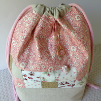 Lovely Liberty and Linen project bag.