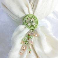 Green scarf ring with pale pink flower, scarf jewel, glass beads pendant