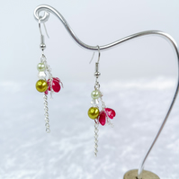Pink little crocus dangle earrings, flower earings, glass beads and cristal