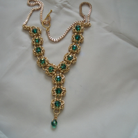 Gold coloured Byzantine Romanov chainmaille necklace with green crystals