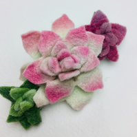 triple felt succulent  hairclip in green