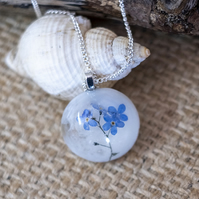 Resin Forget Me Not Necklace