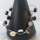 Contemporary agate gemstone barrel necklace