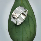 Sterling silver hammered wide band ring size Q