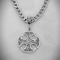 Men's Antique Silver Tone Chunky Curb Chain Necklace With Round Celtic Pendant