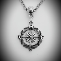 Men's Antique Silver Tone ROLO Chain Necklace With Medium Round Compass Pendant