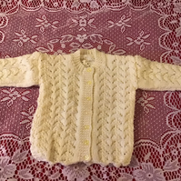 TODDLER  CARDIGAN TO FIT 12-15 MTHS HANDKNITTED LEMON YARN