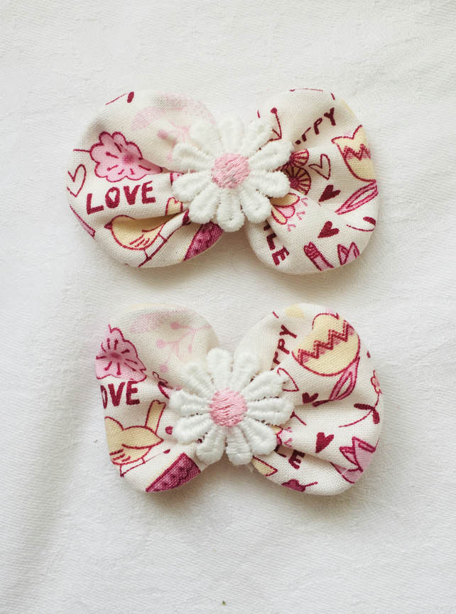 Pretty Bow Hair Clips, Daisy Hair Clips, Trendy Hair Accessories.