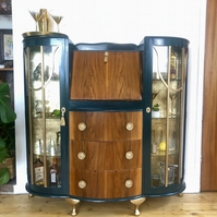 1920s Art Deco Walnut Cabinet and Cocktail Bar