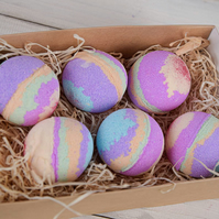 Rainbow gift set, unicorn rainbow bath bombs, bath bomb gift set, set of 6