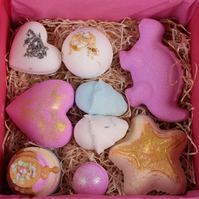 Bath bomb family pack, 9 different fizzing bath bombs for all of the family