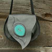 handmade bag made of 100% natural leather in black