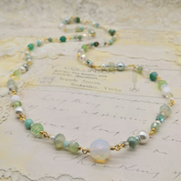 Vintage Style Glass Beaded Necklace