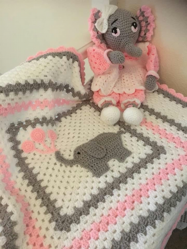 Crochet Elephant Lovey / Blanket - YouTube | 856x642