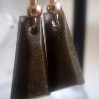 Black and Gold Resin Dangle Earrings.