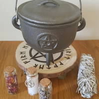 Wicca mini table and cauldron stand
