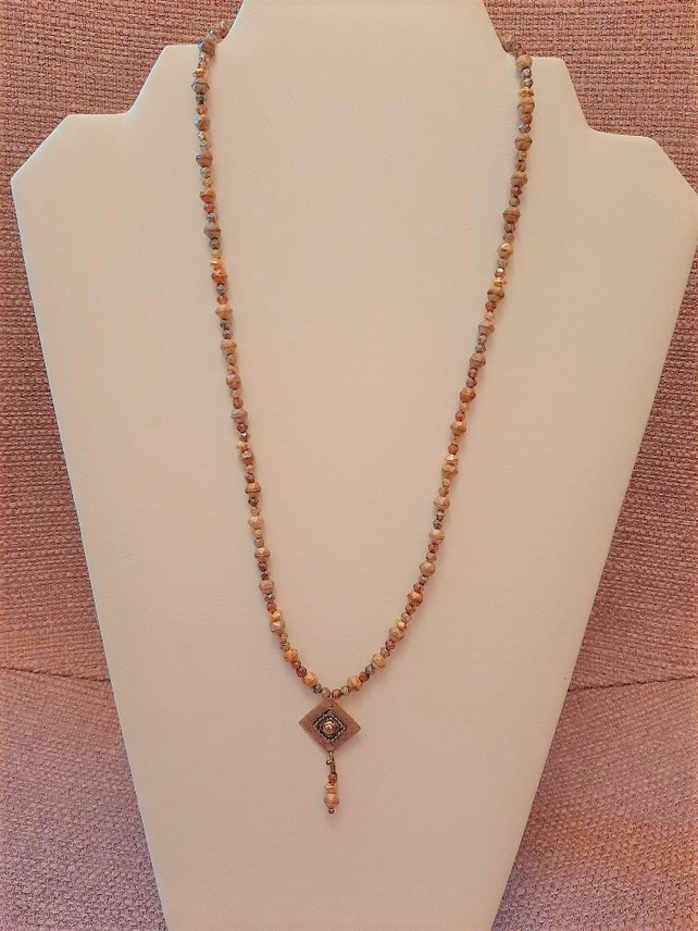 Beige and Taupe pendant necklace