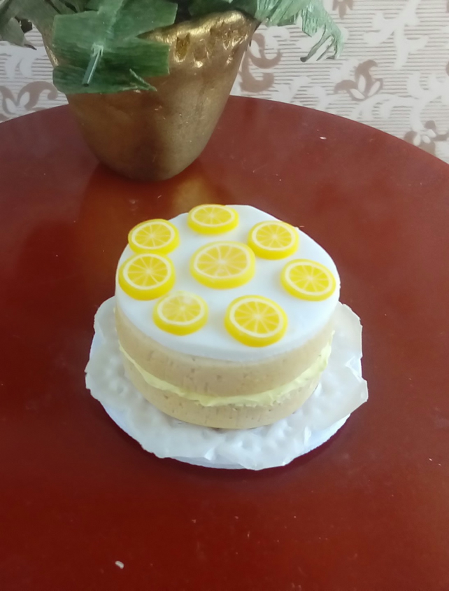 Dolls house miniatures: 1-12th scale lemon cake in polymer clay