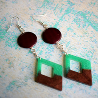 Retro Style Green and Brown Resin Earrings