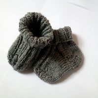 Warm hand-knitted grey newborn baby socks. Various sizes available