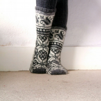 READY TO SHIP Warm grey and white wool socks handmade scandinavian norwegian