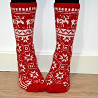 Hand Knit Wool Socks Red White Christmas Reindeer Elk Scandinavian Slippers