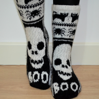 Hand Knit Wool Socks Black White Halloween Skulls Cats Spiders Scary