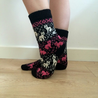 READY TO SHIP Black Wool Socks Cats Kittens White Pink Fair Isle Winter Nordic