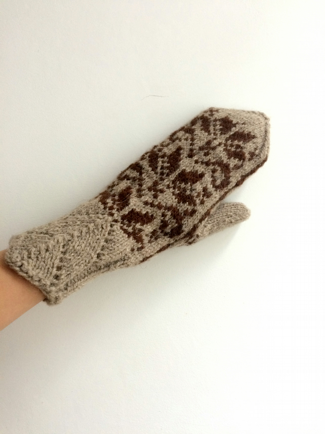 READY TO SHIP Hand Knitted Wool Mittens Traditional Winter Christmas Nordic