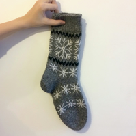Warm Knitted Wool Socks Scandinavian Norwegian Christmas Winter Grey Snowflake