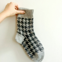 Ready to Ship Grey Wool Knitted Houndstooth Unisex Winter Socks