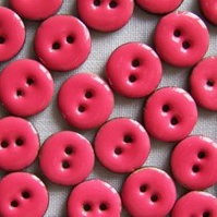 10 x Pink Coconut Shell Buttons (15mm)