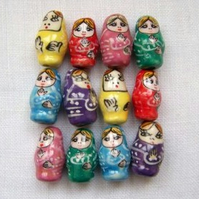 12 x Russian Doll Beads (11x20mm)