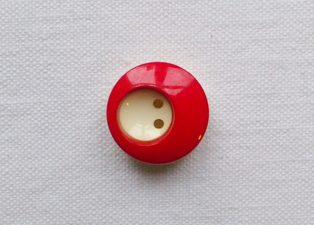 Cute Two-Tone Buttons (Red White) - 17mm
