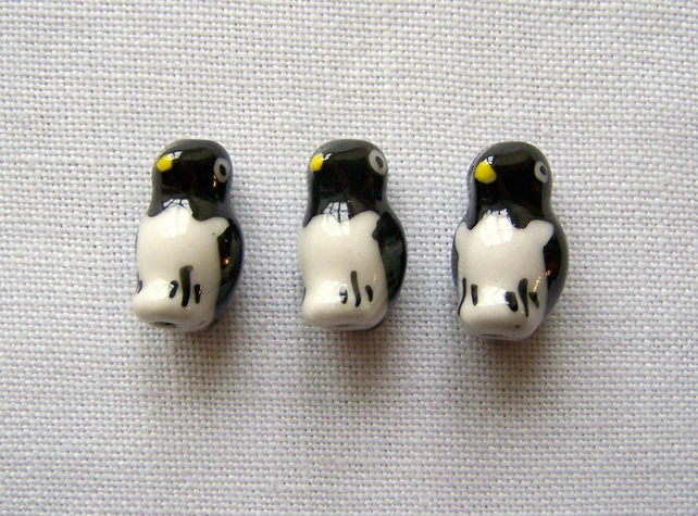 3 x Handmade Penguins Beads (12x16mm)