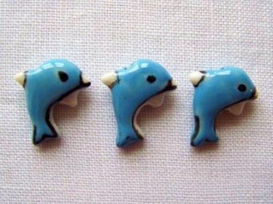 3 x Dinky Dolphin Beads (18mm)