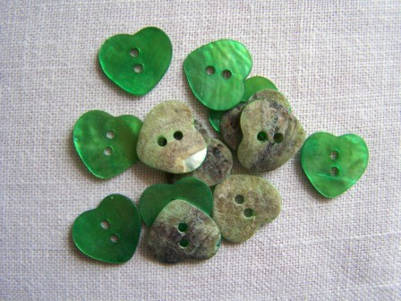 14 x Green Heart Shell Buttons (15mm)
