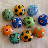 10 x Sweet Glass Beads (20mm)