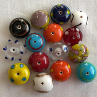 15 x Poppet Glass Beads (15mm)