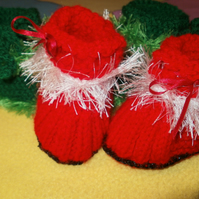SALE....Red and Green Christmas booties