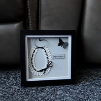 Box framed horseshoe