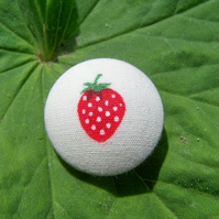 Fabric Buttons - Strawberry Fields
